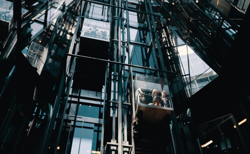 Aufzug: Diese Dinge gilt es beim Kauf zu beachten